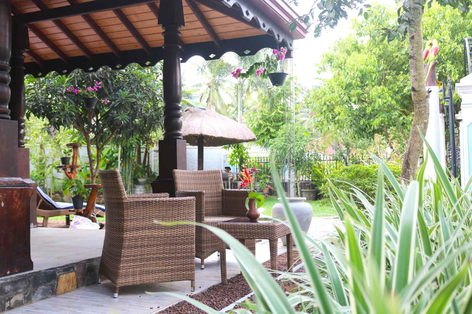 Villa Svara kosgoda gallery garden font 8